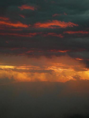 nuvole-rosse-1200x1600